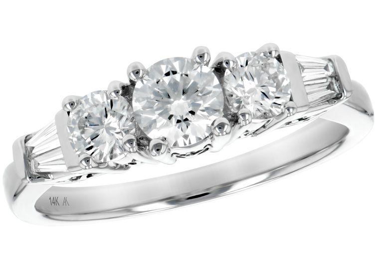 Sparkling three-stone ring