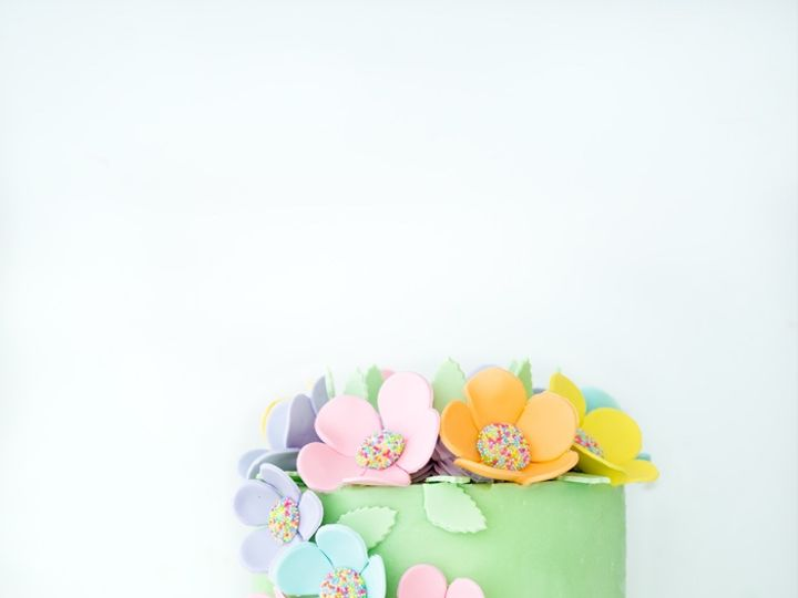Tmx Gumpaste Flowers Tutorial 8 51 1892181 157478173121971 Marine City, MI wedding cake