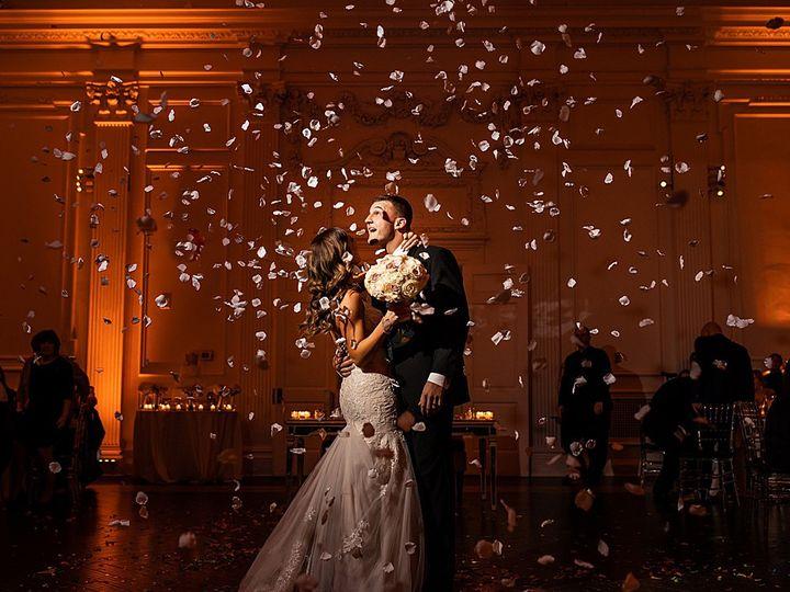 Tmx Rosepetalfalls 51 1053181 159293623240584 Houston, TX wedding dj