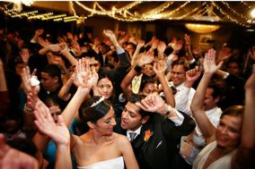 WOW! Entertainment Wedding DJ & Event Lighting