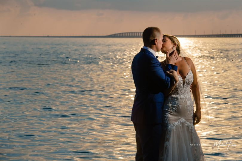 bri mark sergio isla bella beach resort florida keys wedding454 websize 51 2027181 162040848435913