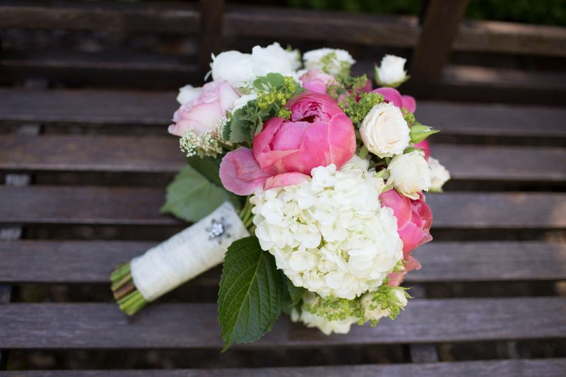 Blooming Bouquets - Flowers - Beaverton, OR - WeddingWire