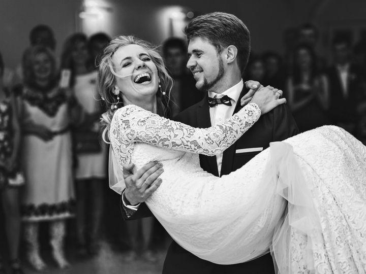 Tmx Wedding Pic4 51 1863281 1565649533 Cedar Rapids, IA wedding photography