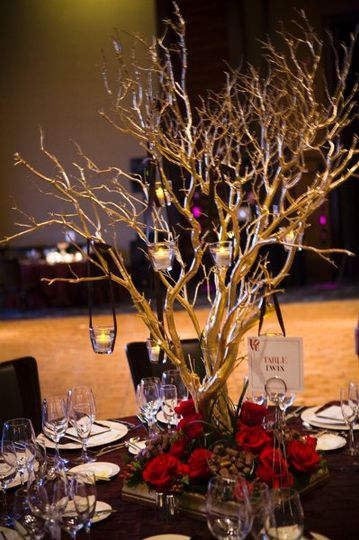 Tree-like table centerpiece