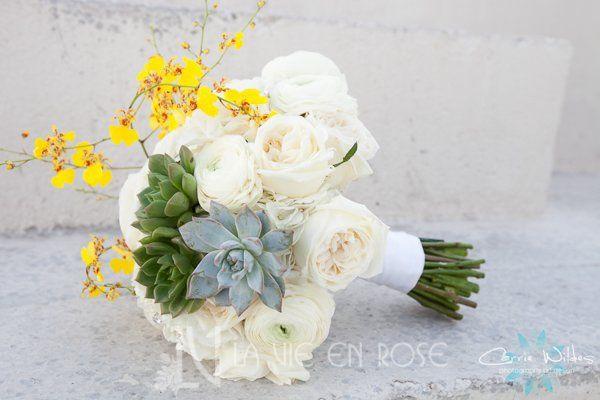 Tmx 1356135673833 Lavieenrosewhiteroseranunculusyelloworchidsucculentbouquetweddingtampamuseum Tampa wedding florist
