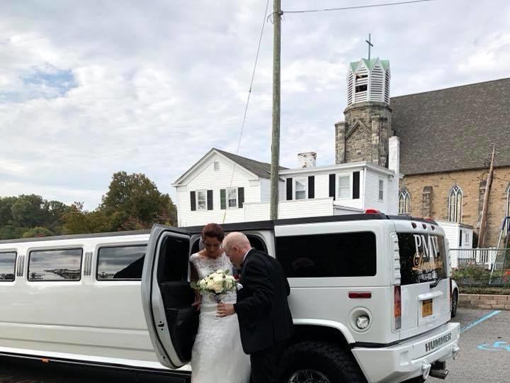 Tmx 1521061106 8b0578c594be0774 1521061105 53f318dab07787e7 1521061067932 8 Ww7 Montrose, NY wedding transportation