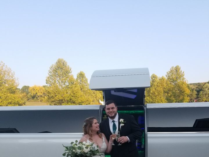 Tmx Img 04451 51 926281 160762989554818 Montrose, NY wedding transportation