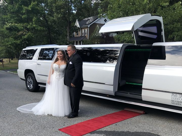 Tmx Img 2773 51 926281 160763029729732 Montrose, NY wedding transportation