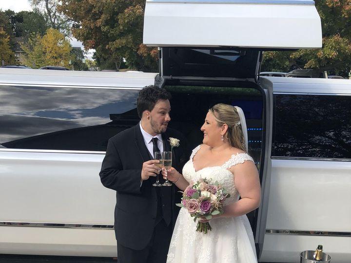 Tmx Img 2905 51 926281 160762994664924 Montrose, NY wedding transportation