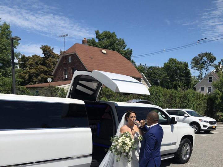 Tmx Img 3427 51 926281 160762998789200 Montrose, NY wedding transportation
