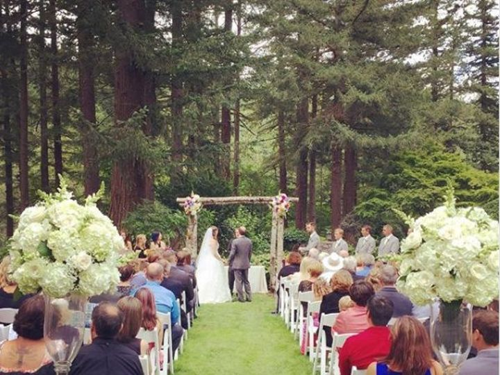 Tmx 1517687864 79c1b07b4ea025a5 1517687863 7d606b5185e370b3 1517687840533 9 Unknown Photograoh Troutdale, OR wedding venue
