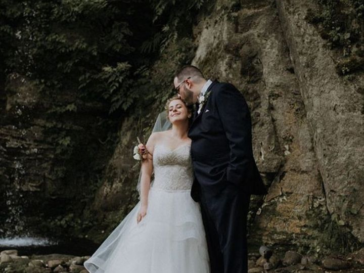 Tmx 1517700652 F5172f626124f0a5 1517700651 D1af3d9de021b482 1517700638307 9 D1 Troutdale, OR wedding venue