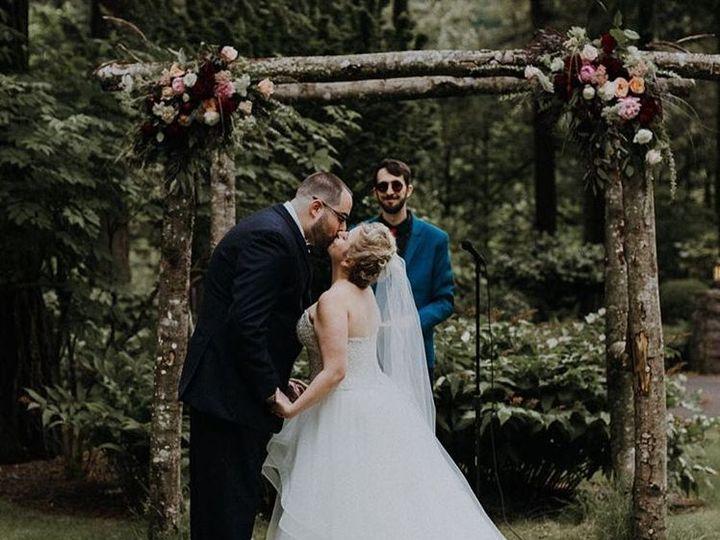 Tmx 1517700762 B01b958b8b7b3079 1517700760 A295f939b4259a3a 1517700747286 12 D4 Troutdale, OR wedding venue