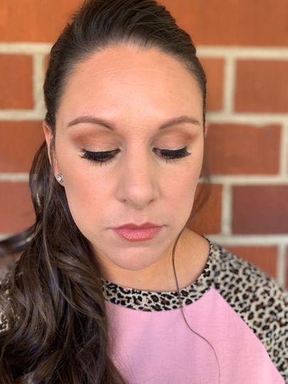 Makeup on bridesmaid