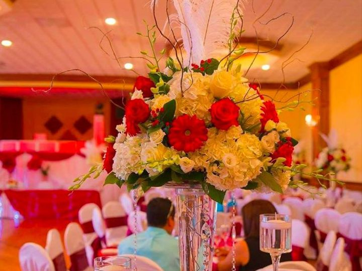 Tmx 1539372016 F5bad10b456a1ecd 1539372014 B9823d2390445fff 1539372012704 3 Screen Shot 2018 1 Yonkers wedding florist