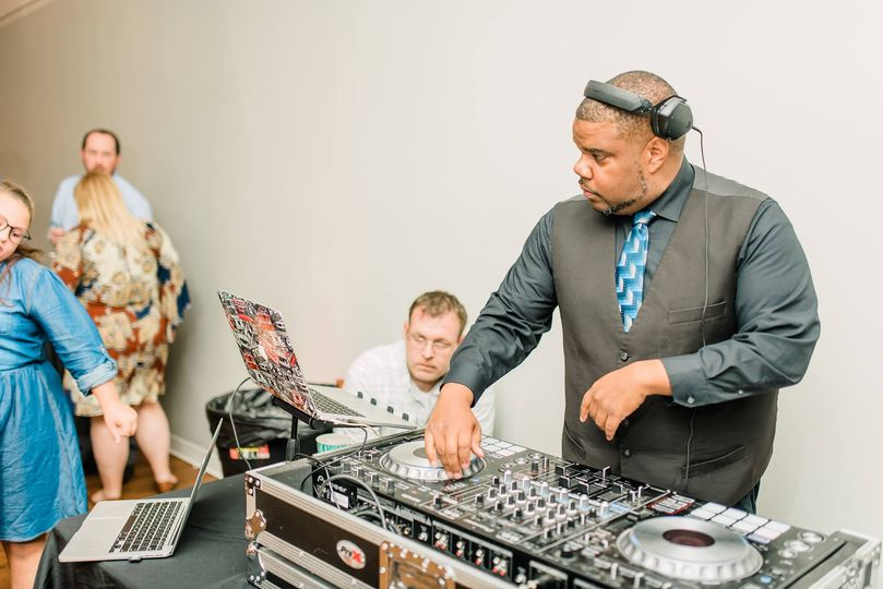 DJ Sunn