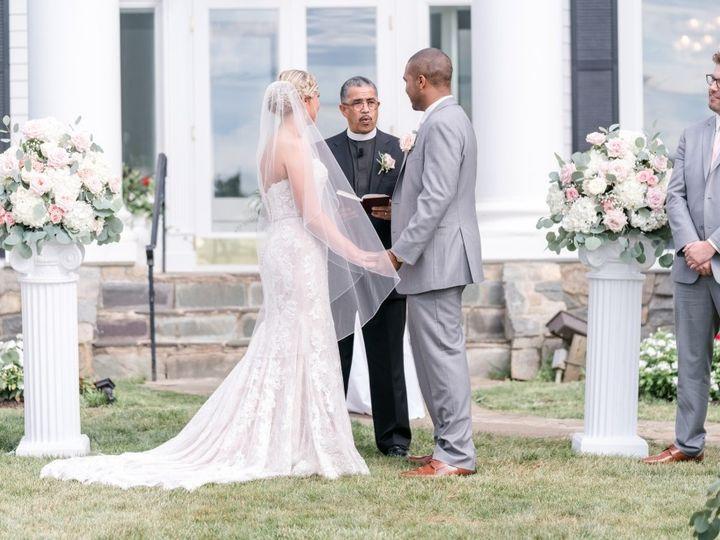 Tmx Column White Blush 51 353381 1572446902 Haymarket, VA wedding florist