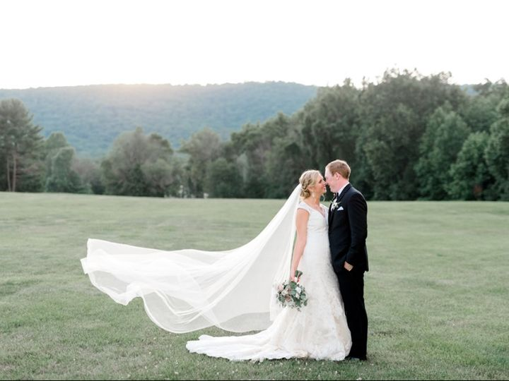Tmx Ecc Bq White Blush 3 51 353381 1572445644 Haymarket, VA wedding florist