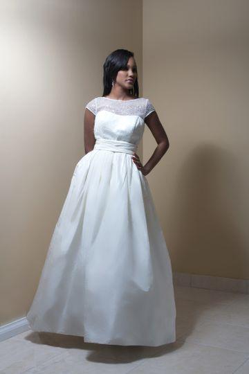 Bliss Bridal Boutique Rent A Brand New Wedding Dress In Jamaica Dress Attire James Hill Jm Weddingwire