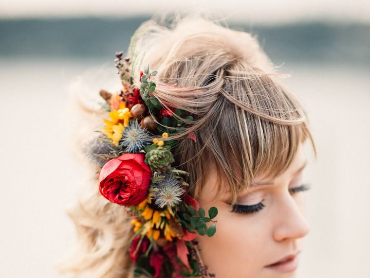 Tmx 1457718117056 Floral Headpiece By Vases Wild Image By Lightworks Langley, WA wedding florist