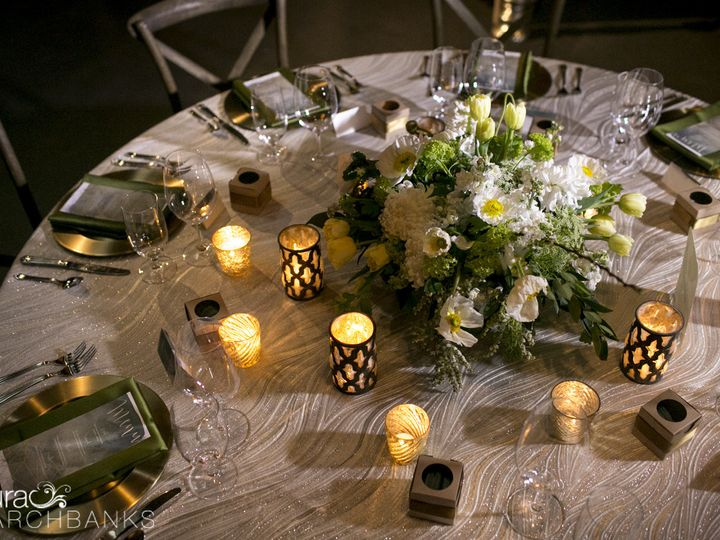 Tmx 1471935341421 Tablescape By Vases Wild Image By Laura Marchbanks Langley, WA wedding florist