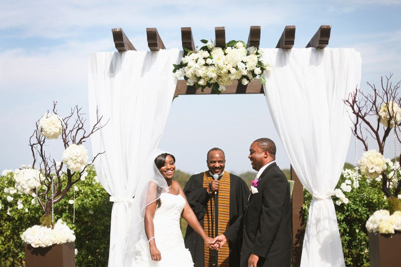 Summer outdoor cliff wedding with organic African White Roses.