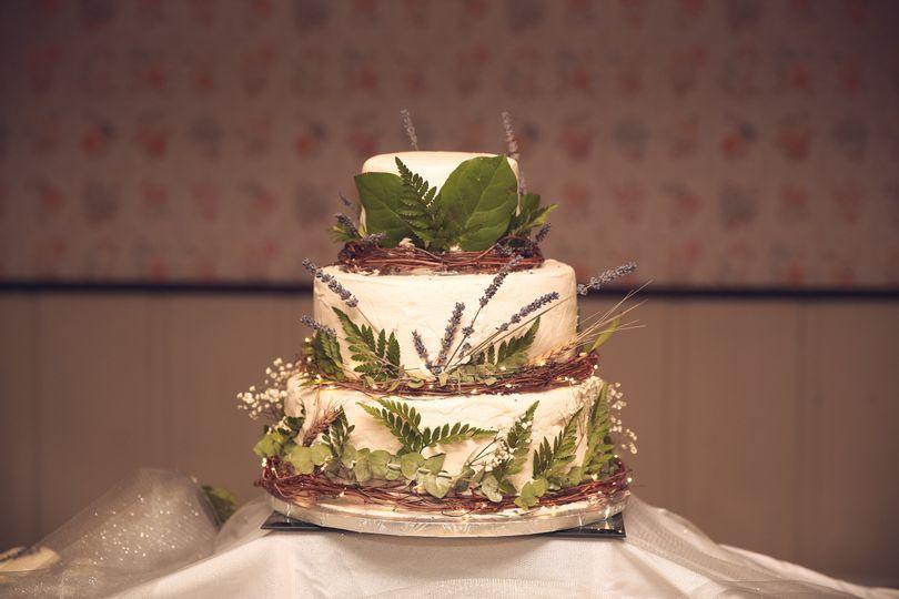 Wildflower cake decor