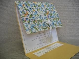 Pocket invitation with tassel
