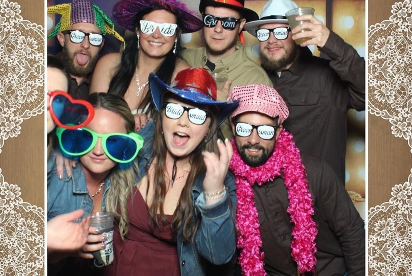 Party fun mirror booth