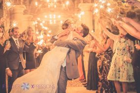 Forever Xpressions Wedding Photography, Videography, and Photo Booth Rentals