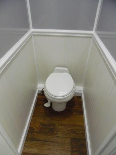 Standard restroom rental