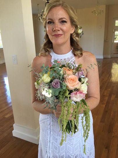 304090fef8b86e55 1536896833 9789de27f252cc5b 1536896832587 20 Bridal bouquet A