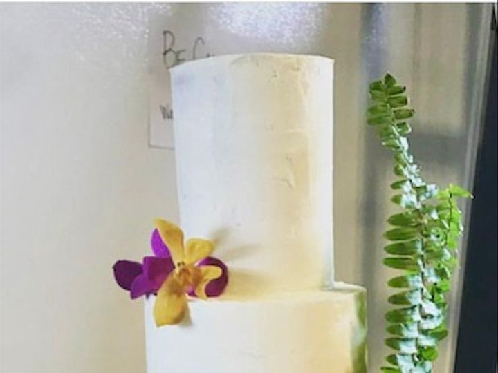 Tmx 8a68381b B3d5 445c 9761 06e2f7a7ed73 1 201 A 51 988481 162336271519281 San Diego, CA wedding cake
