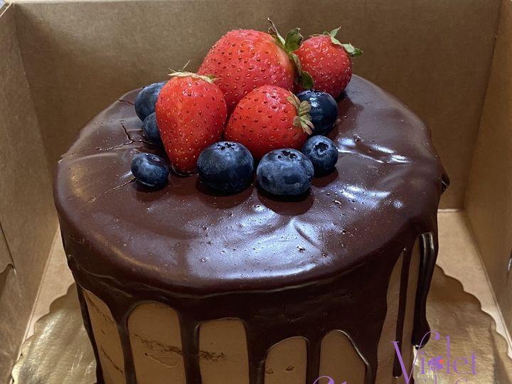 Tmx Choccovdrip 2 2 51 988481 162336434363896 San Diego, CA wedding cake