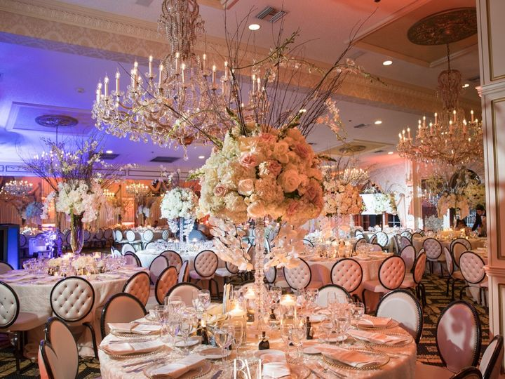 Tmx 4efd28ca 49fa 4d2a 80c1 68313241e1de 51 581 157928792543939 Mineola, NY wedding florist