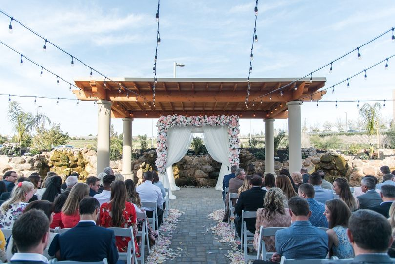Union Brick by Wedgewood Weddings