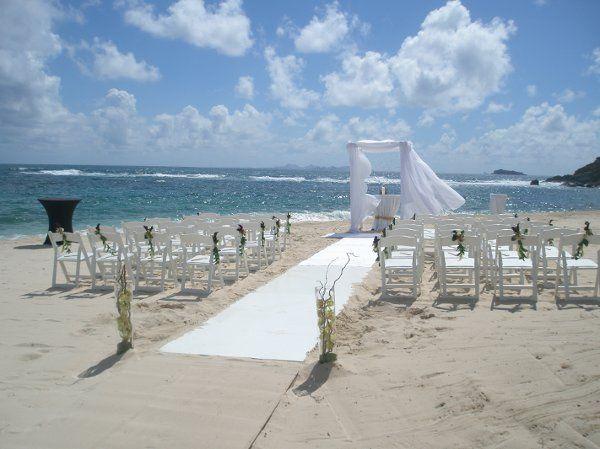 Tmx 1279297923980 PictureBeachSetUpwithRunnerSt.Maarten Brooklyn wedding planner