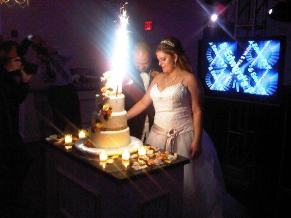 Tmx 1322073832076 Lecouplecakecut Brooklyn wedding planner