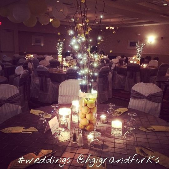 800x800 1444237087949 yellow wedding - Hilton Garden Inn Grand Forks