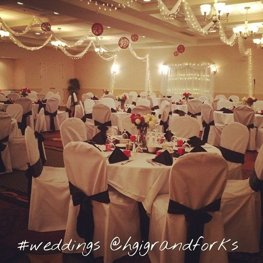 Hilton garden inn grand forks und reviews ratings for Wedding dresses minot nd