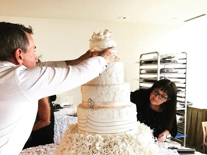 Tmx 1539021310 Ee14574a1f58763e 1539021309 F2c9fd6387d0a09b 1539021310751 6 IMG 2778 Winston Salem, North Carolina wedding cake