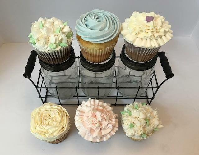 Tmx 1539021354 A455f0b3adb99c6c 1539021352 51aca2bee16ab6d8 1539021354536 14 IMG 1907 Winston Salem, North Carolina wedding cake