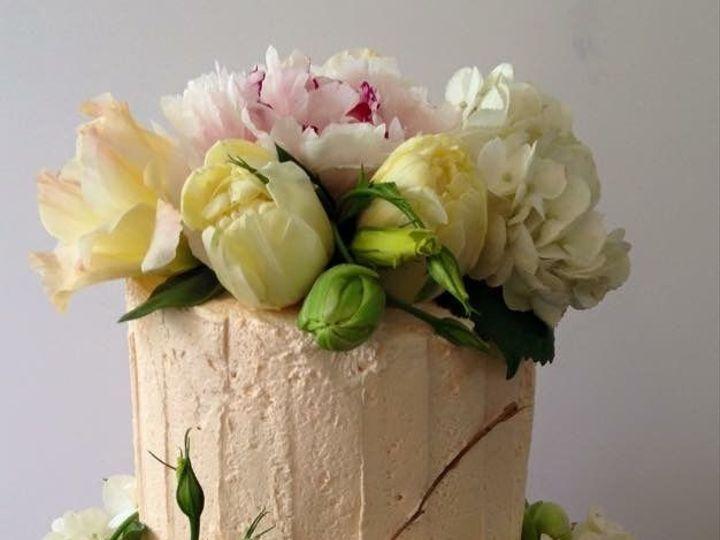 Tmx 1539021387 Aba1dc5a7a6b2ed6 1539021387 Daa0935f588d505b 1539021388804 20 Cakes 062 Winston Salem, North Carolina wedding cake