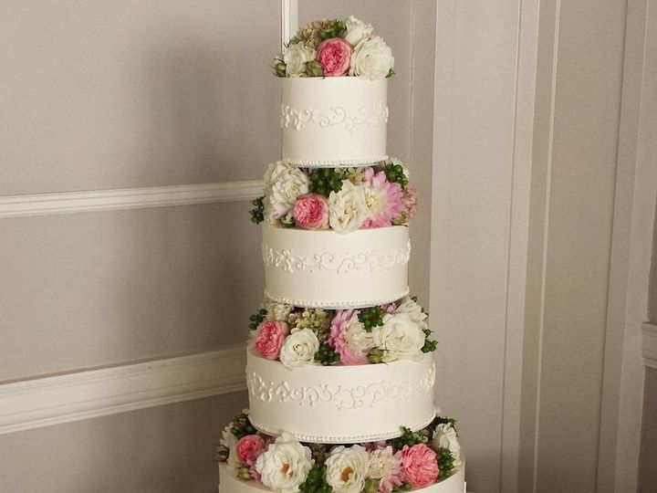 Tmx 12003325 948320855758 3165371355785727604 N 51 38581 Portland, OR wedding cake
