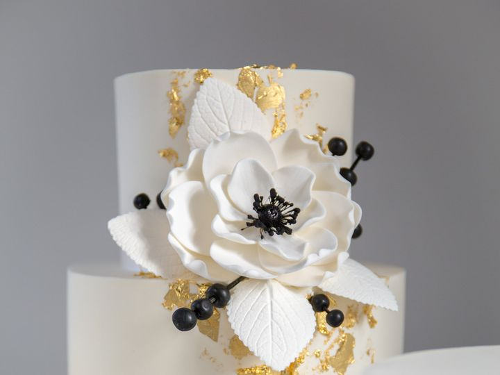 Tmx 181020 Papa Haydn Wedding Cakes 4 51 38581 1571169887 Portland, OR wedding cake