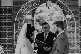 Matthew Psichoulas - Wedding Officiant