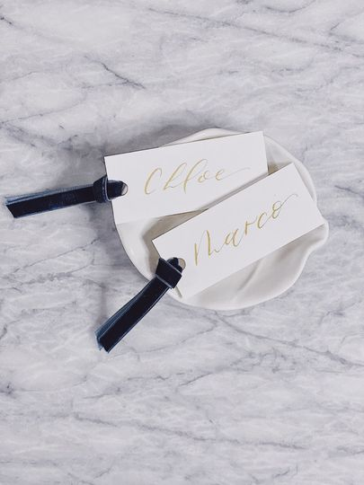 Place cards with velvet ribbon