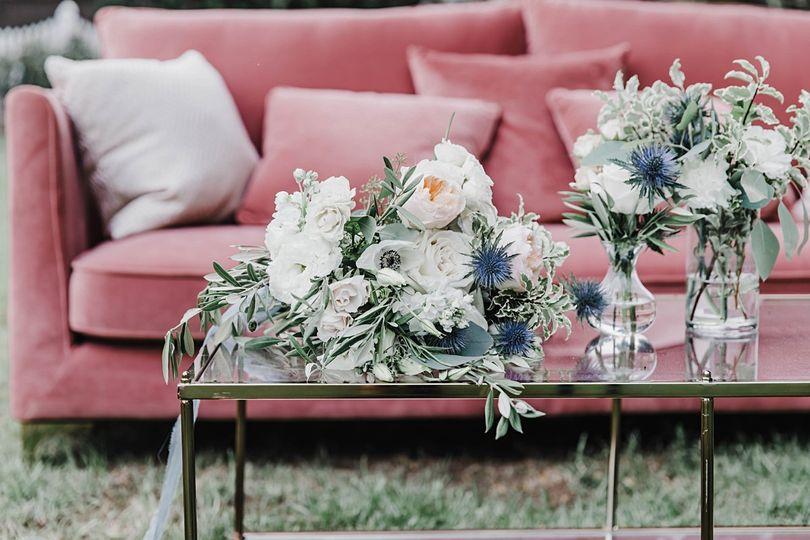 Delia lounge set