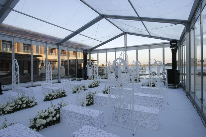 Tailor a clear span tent for your wedding ceremony to get a