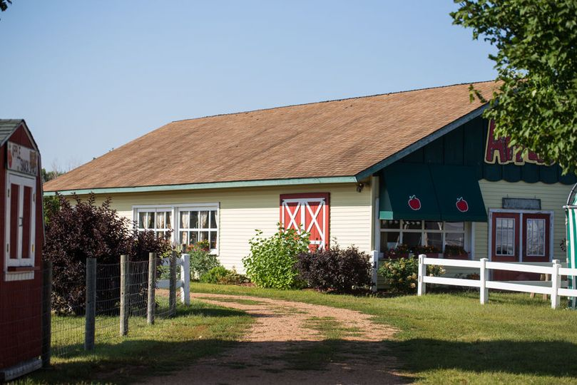 Our apple orchard creates a warm atmosphere for you and your guests! For weddings, these orchards...
